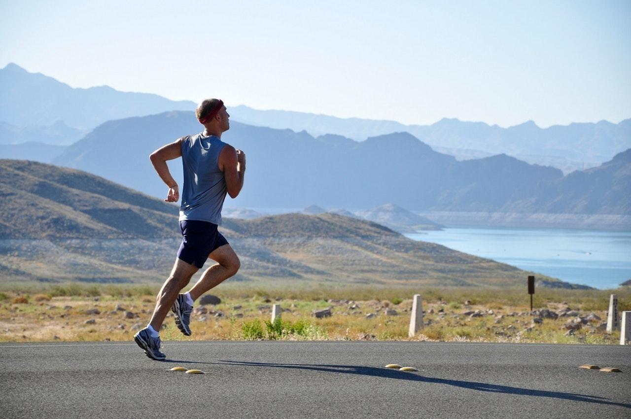 健康意識の変化 – 健康ブームとプロティン