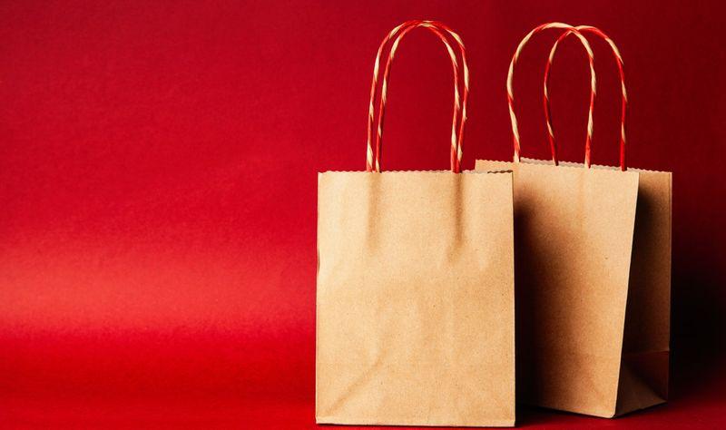 紙袋の歴史|エコと紙袋の関係から考える