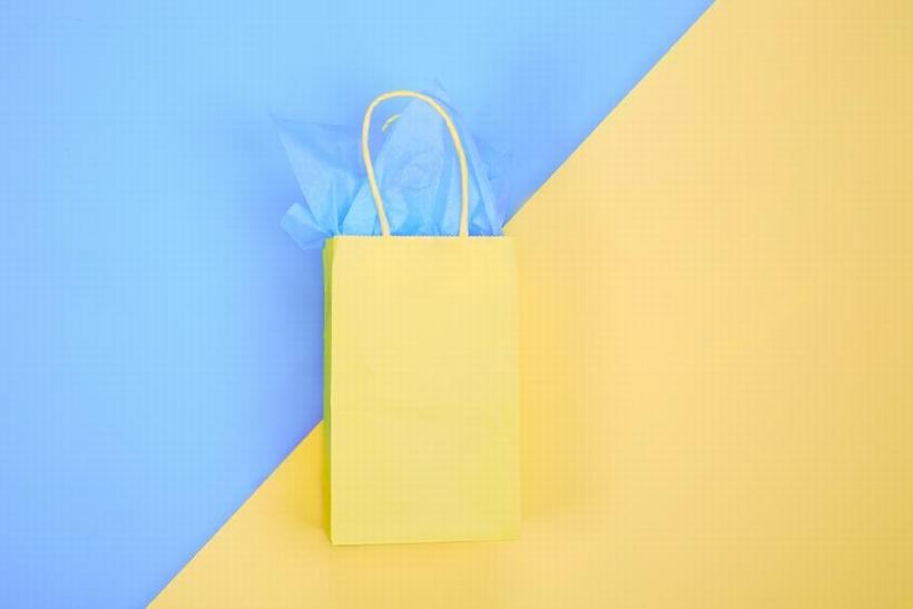 お気に入りの紙袋を選びたい |カラークラフト紙 – 素材を考える